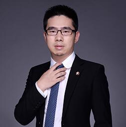 易港金融CEO周建明